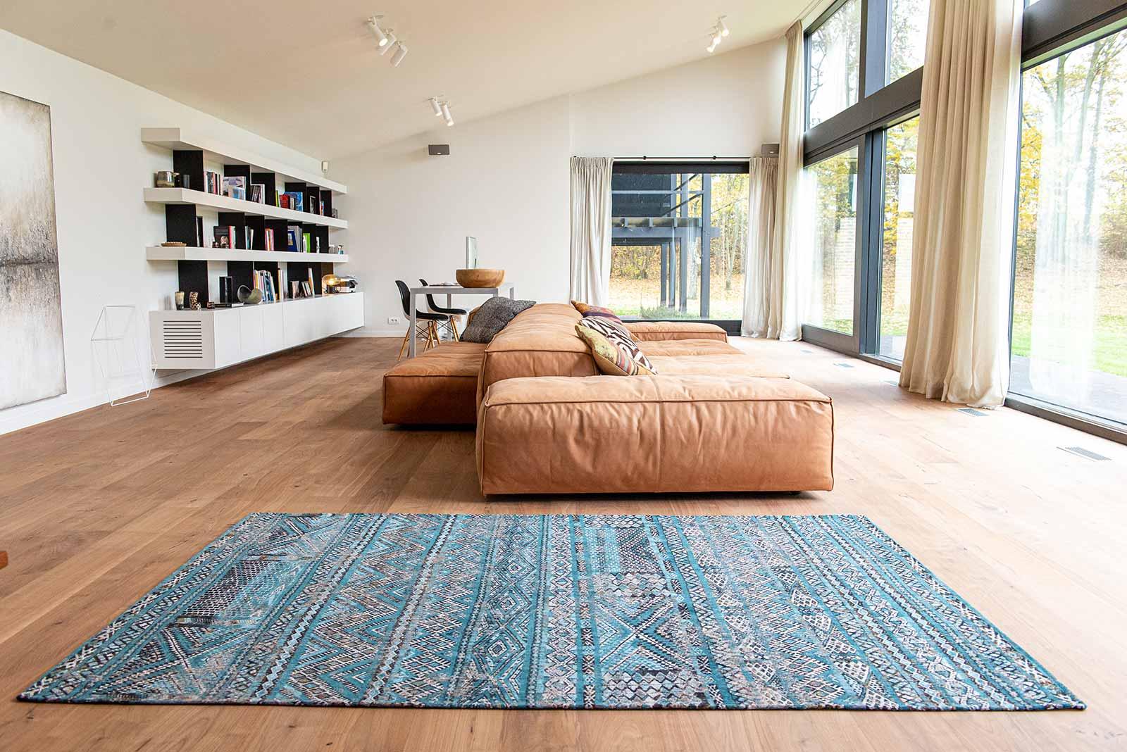 Louis De Poortere teppich LX 9110 Antiquarian Kilim Zemmuri Blue interior 2