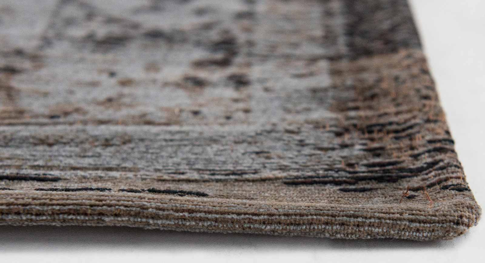 teppich Louis De Poortere LX 8257 Fading World Medaillon Grey Ebony side
